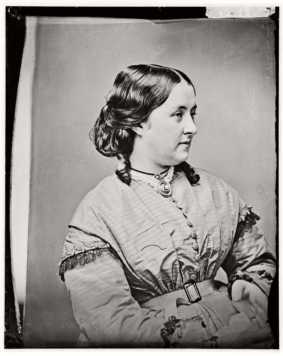 vintage-glass-plate-portraits-by-freeman-brothers-studio-1871-1880-11
