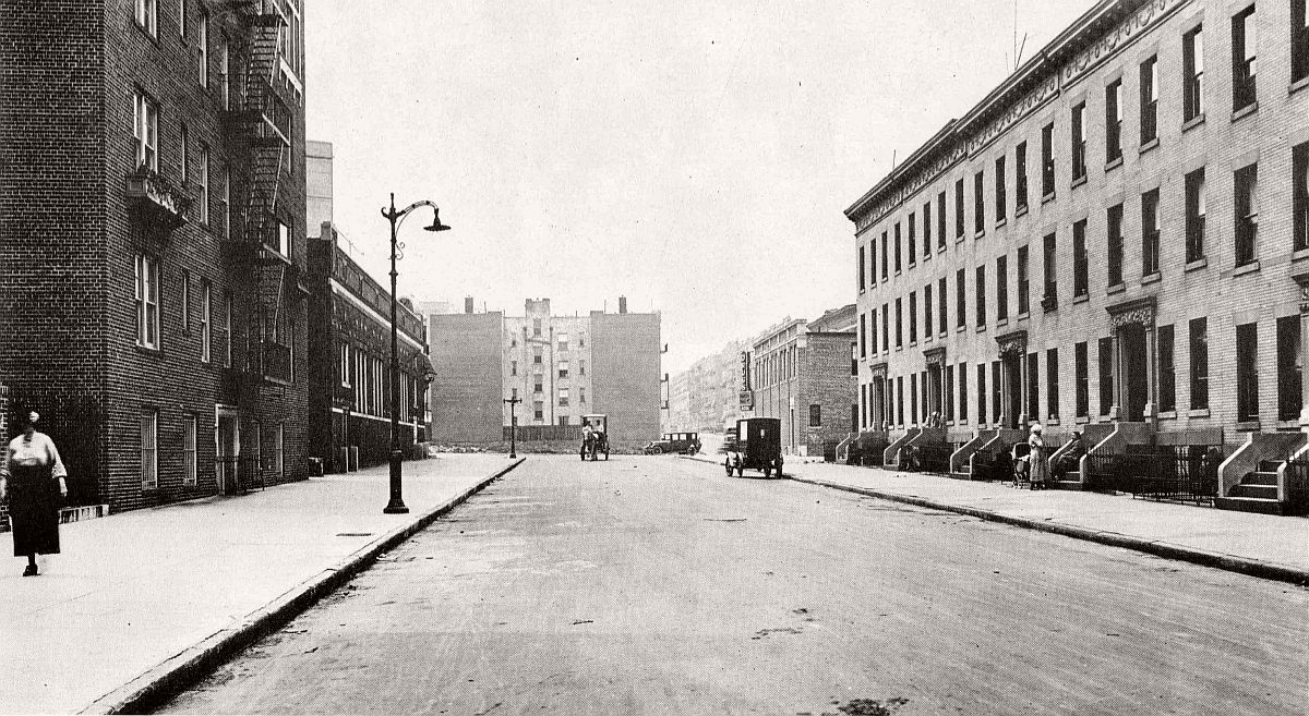vintage-historic-new-york-city-black-white-in-1924-42