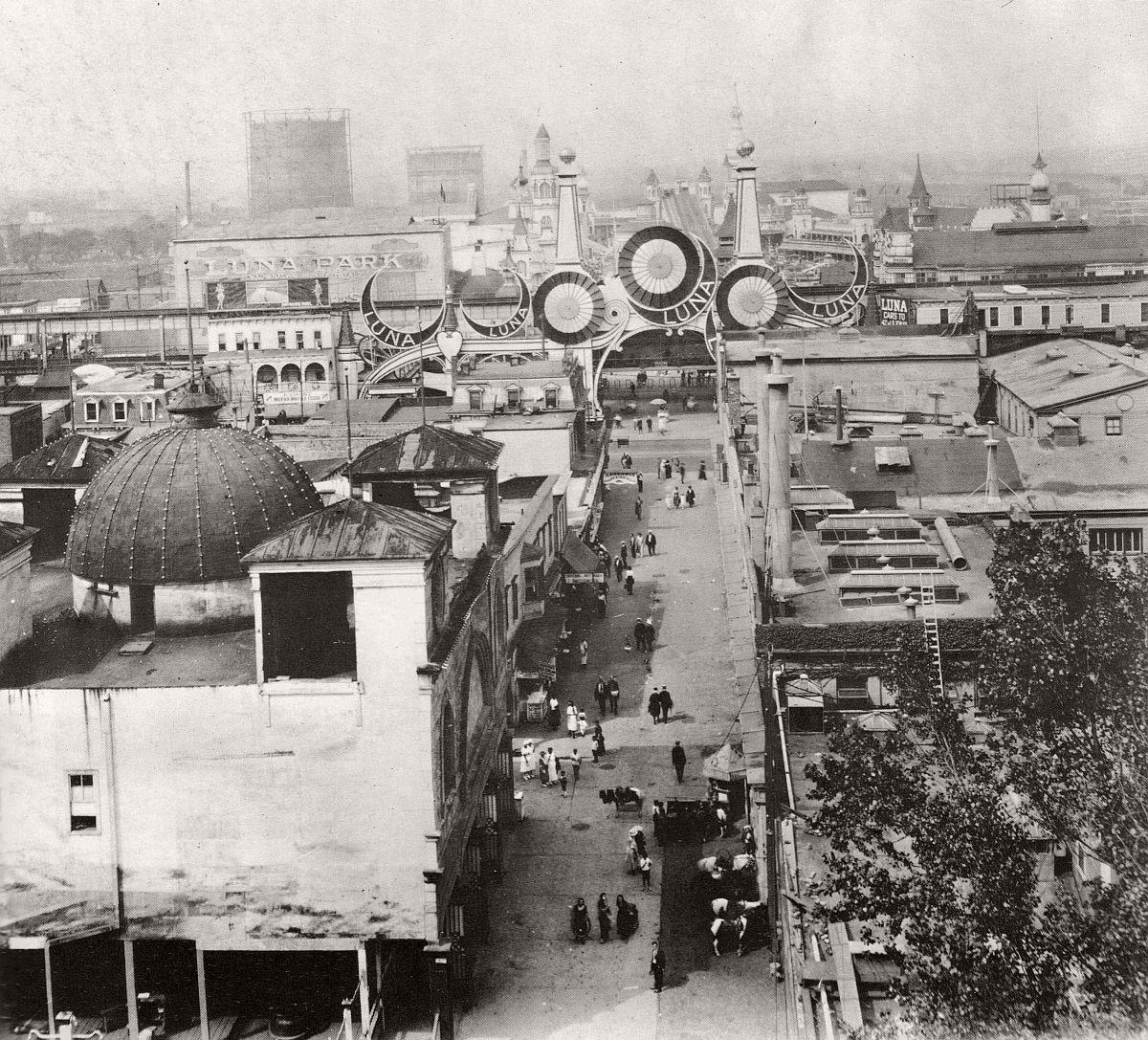 vintage-historic-new-york-city-black-white-in-1925-41