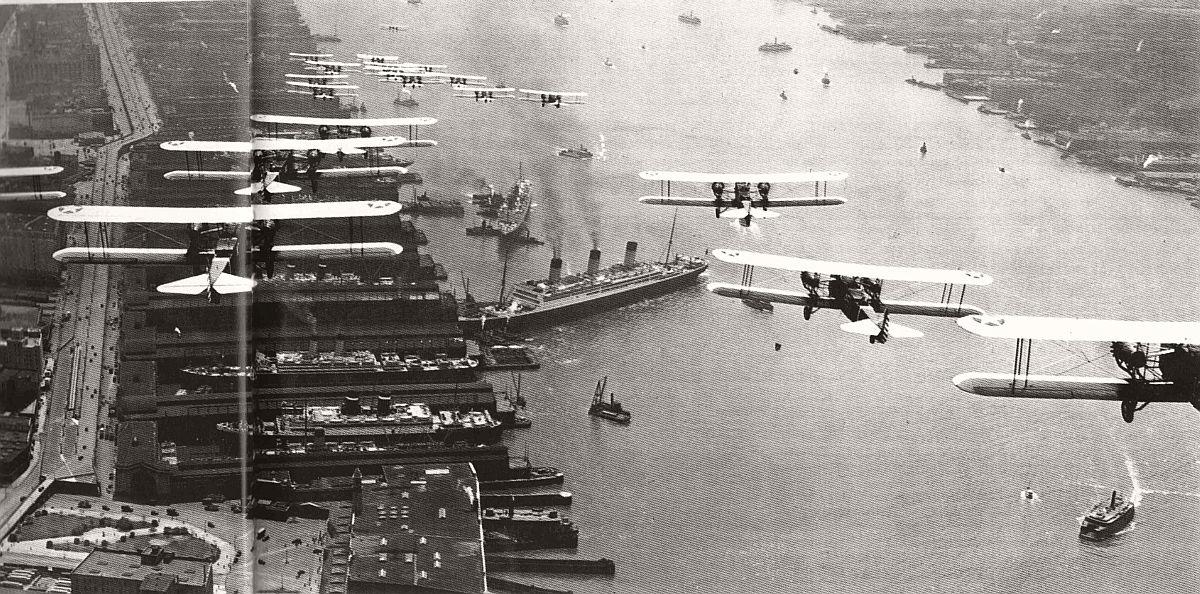 vintage-historic-new-york-city-black-white-in-1931-08