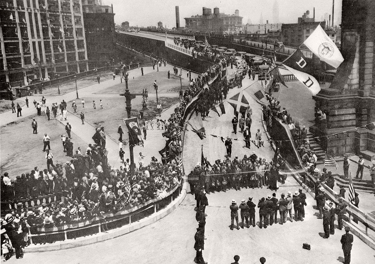 vintage-historic-new-york-city-black-white-in-1932-28