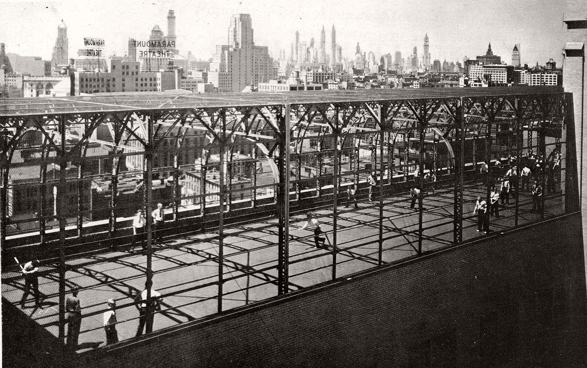 vintage-historic-new-york-city-black-white-in-1933-44