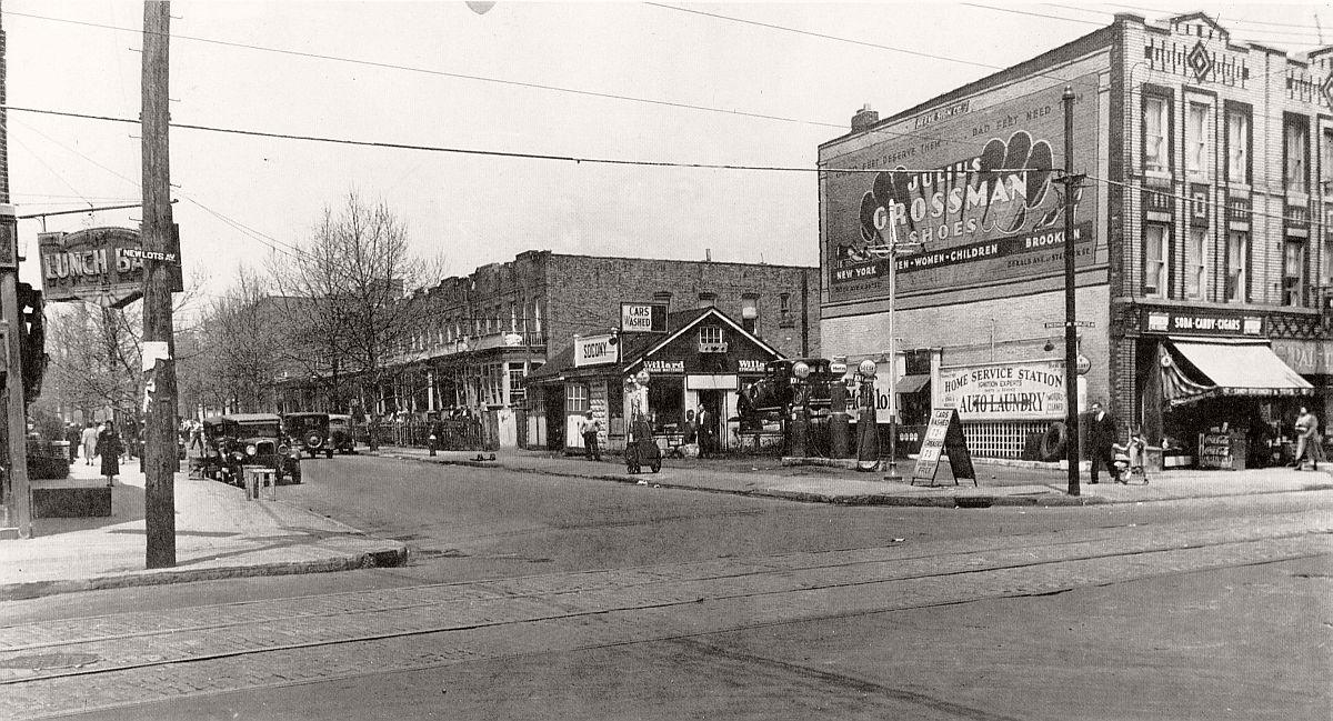 vintage-historic-new-york-city-black-white-in-1934-30