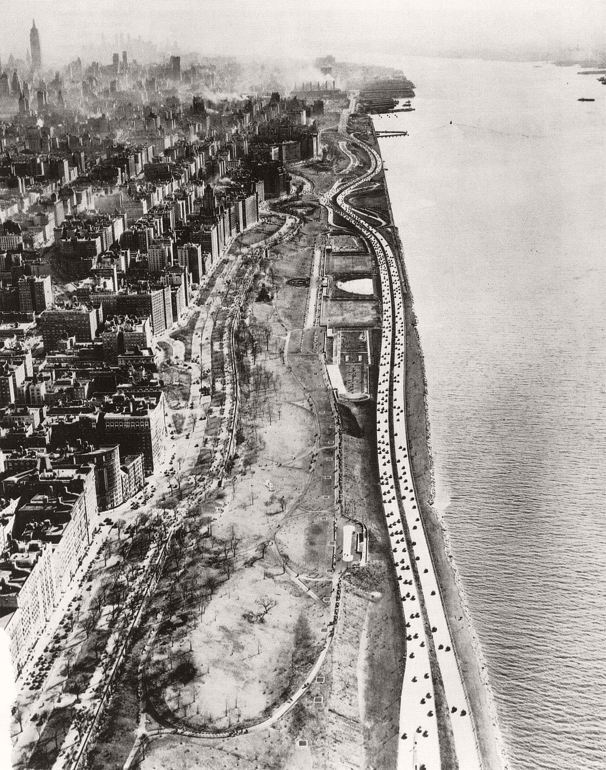 vintage-historic-new-york-city-black-white-in-1937-07