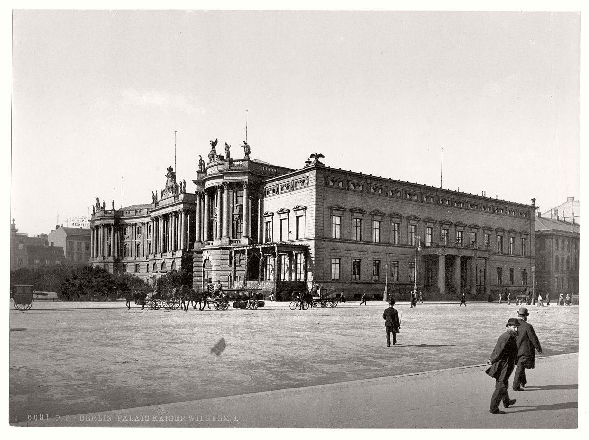 vintage-historic-photos-of-berlin-germany-circa-1890s-02