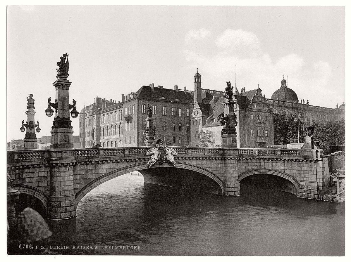 vintage-historic-photos-of-berlin-germany-circa-1890s-15