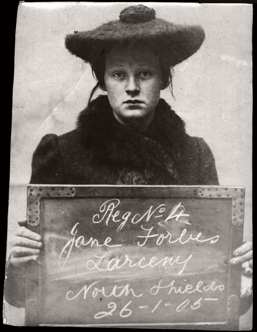 vintage-mug-shot-of-women-criminals-from-north-shields-1903-1905-02