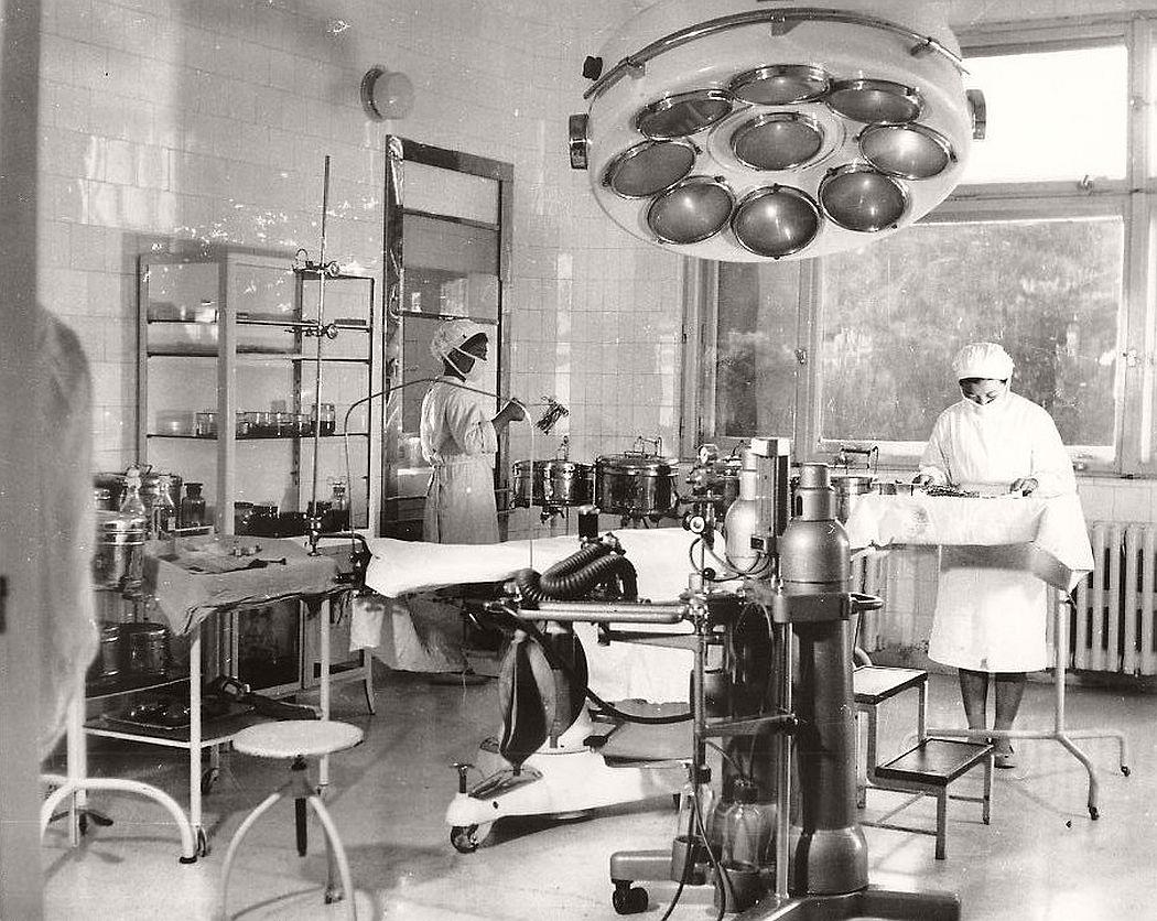 vintage-north-korea-industries-factory-1972-bw-05