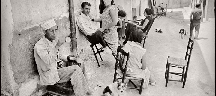 Vintage Photos of People and Everyday Life in Spain by Henri Cartier-Bresson (1933)