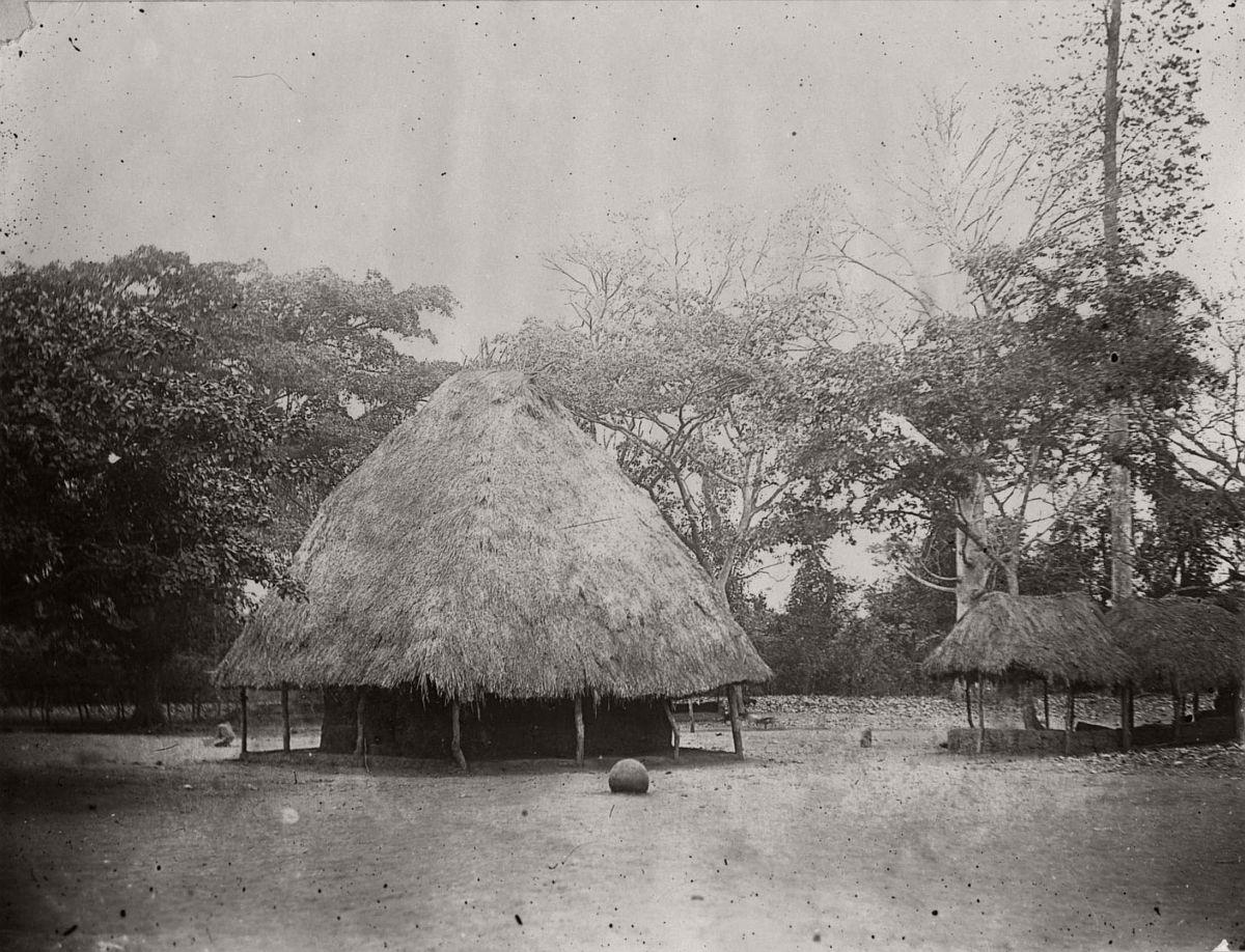 vintage-photo-west-africa-village-people-1910-1913-lagos-nigeria-03