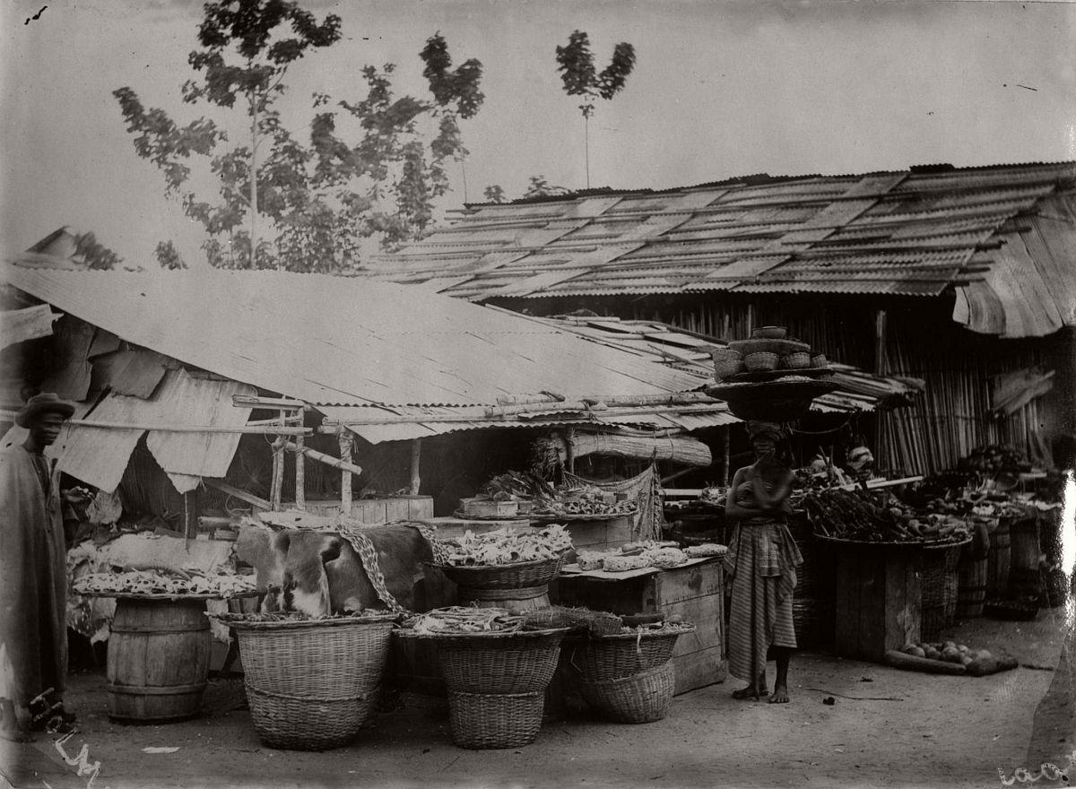 vintage-photo-west-africa-village-people-1910-1913-lagos-nigeria-07