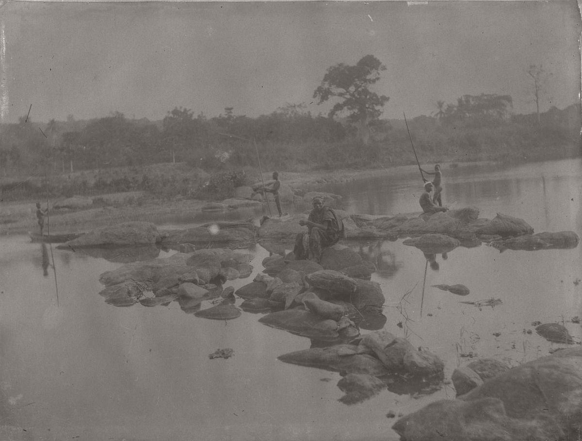 vintage-photo-west-africa-village-people-1910-1913-lagos-nigeria-18