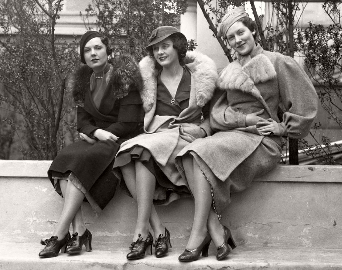 a history of how people used to dress in the 1930s Everyday life in britain in the 1930s other people used gas however in the 1930s women's dress became more conservative.