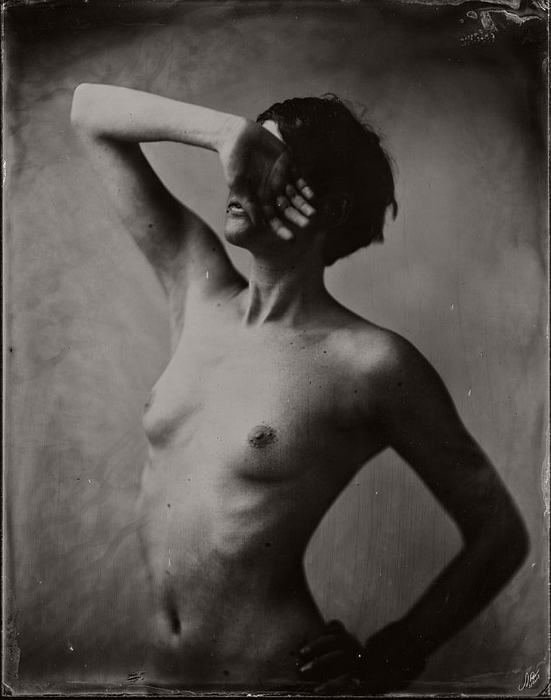 wet-plate-collodion-nudes-by-andreas-reh-02
