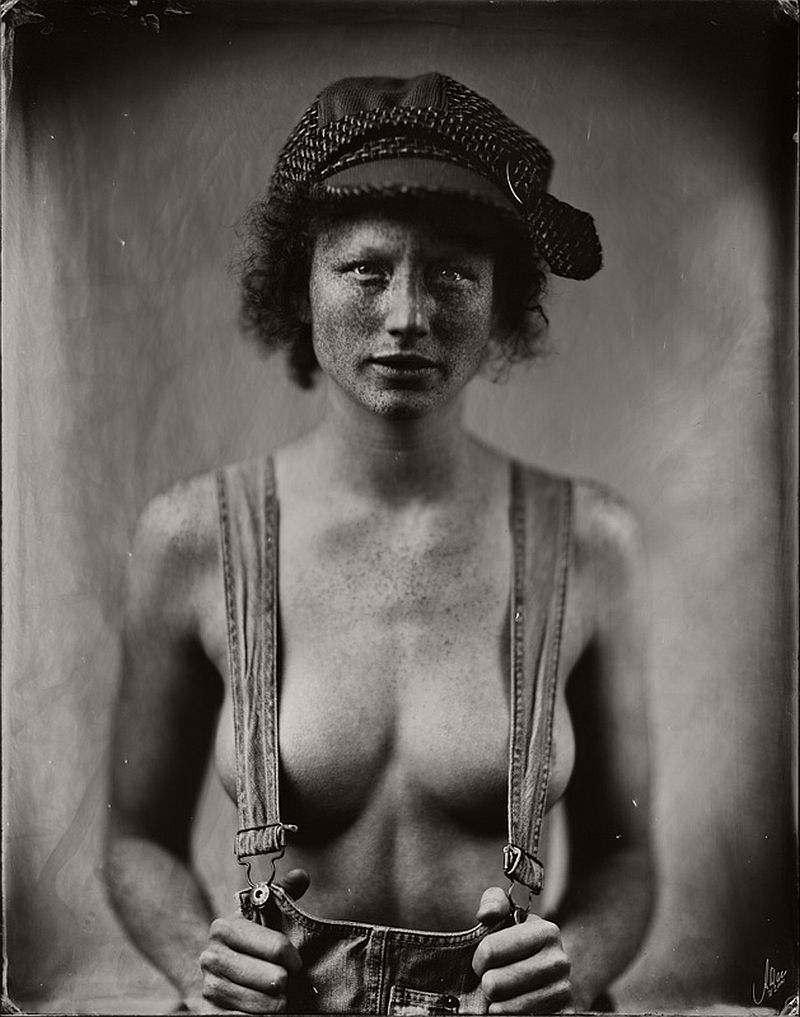 wet-plate-collodion-nudes-by-andreas-reh-04