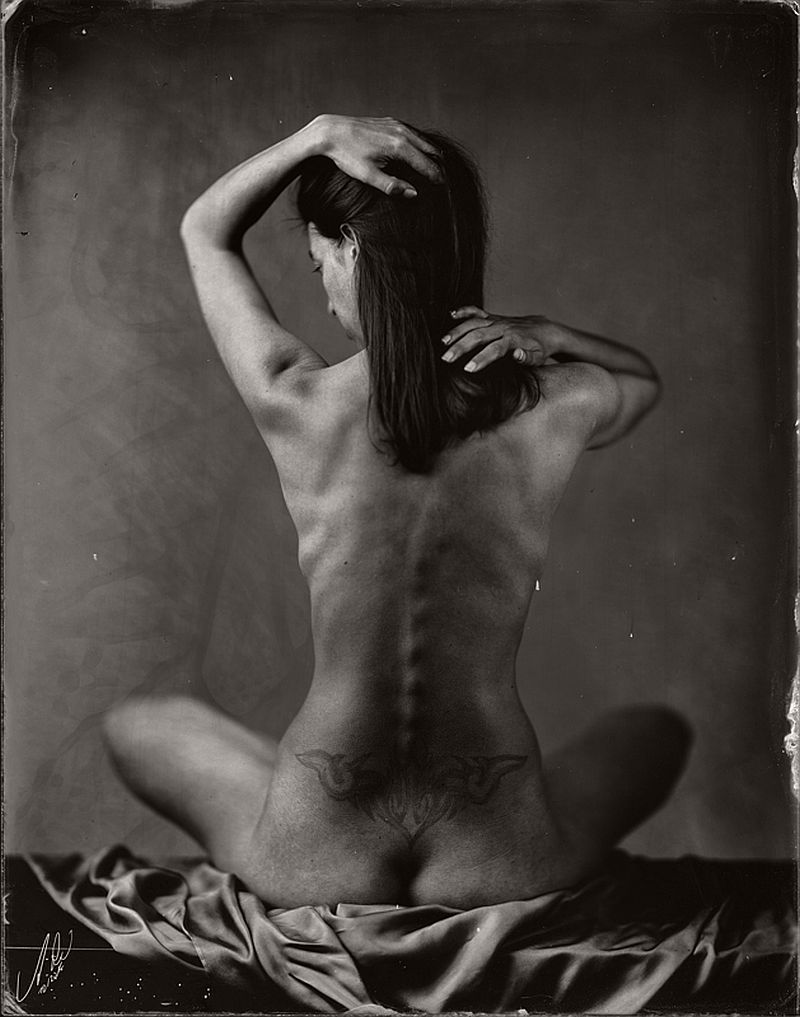 wet-plate-collodion-nudes-by-andreas-reh-14