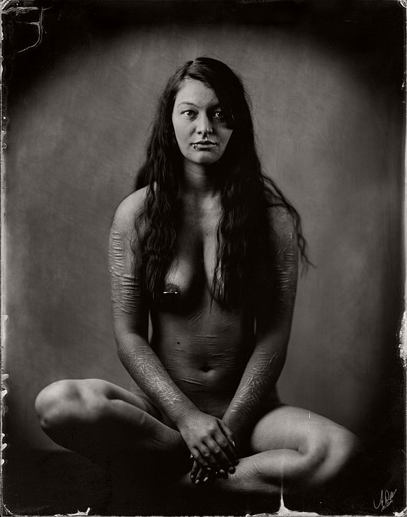 wet-plate-collodion-nudes-by-andreas-reh-15