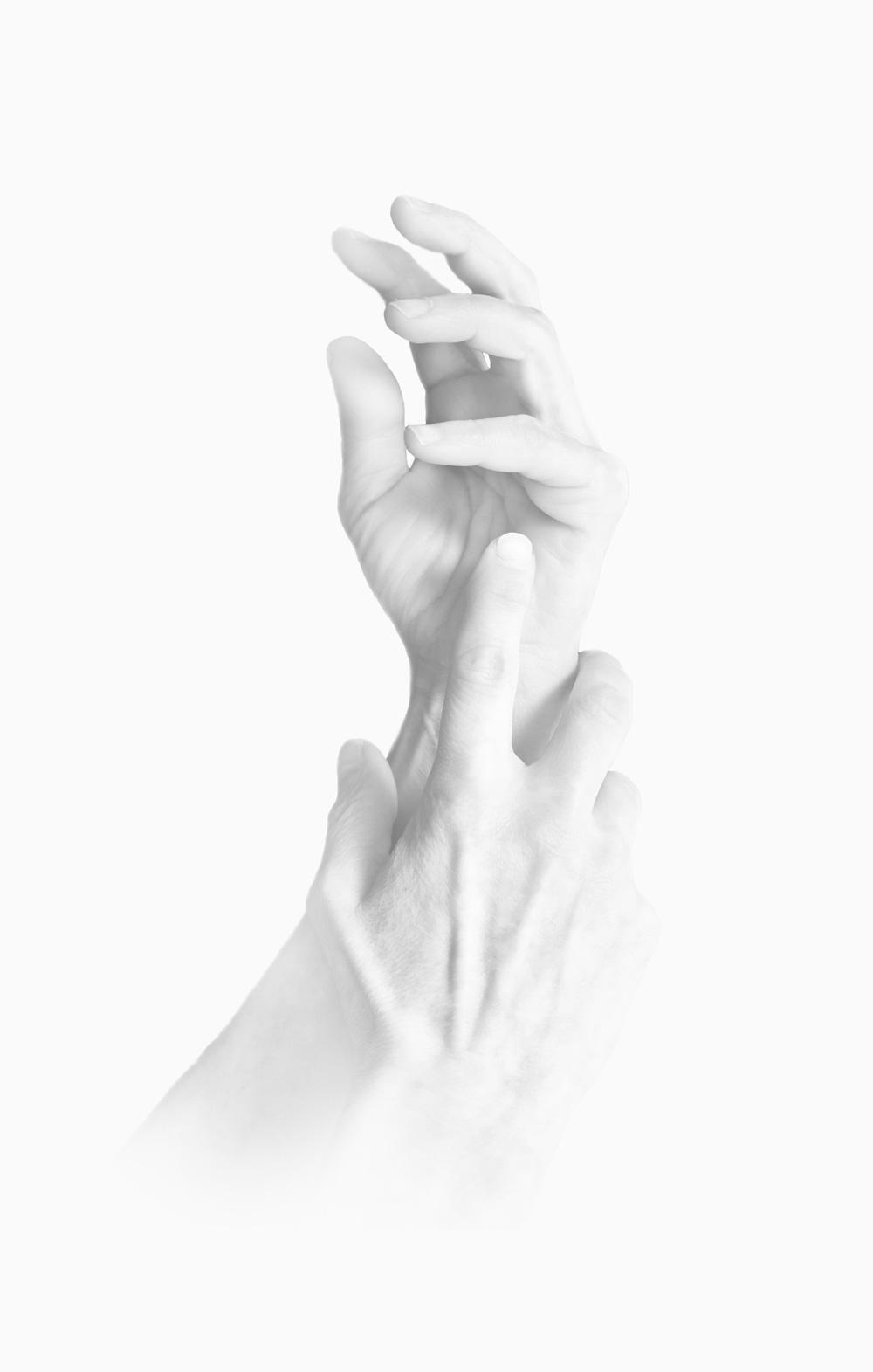 ©robertospotti-Hands