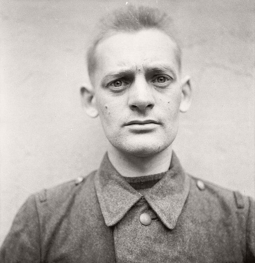 bergen-belsen-nazi-concentration-camp-guards-03
