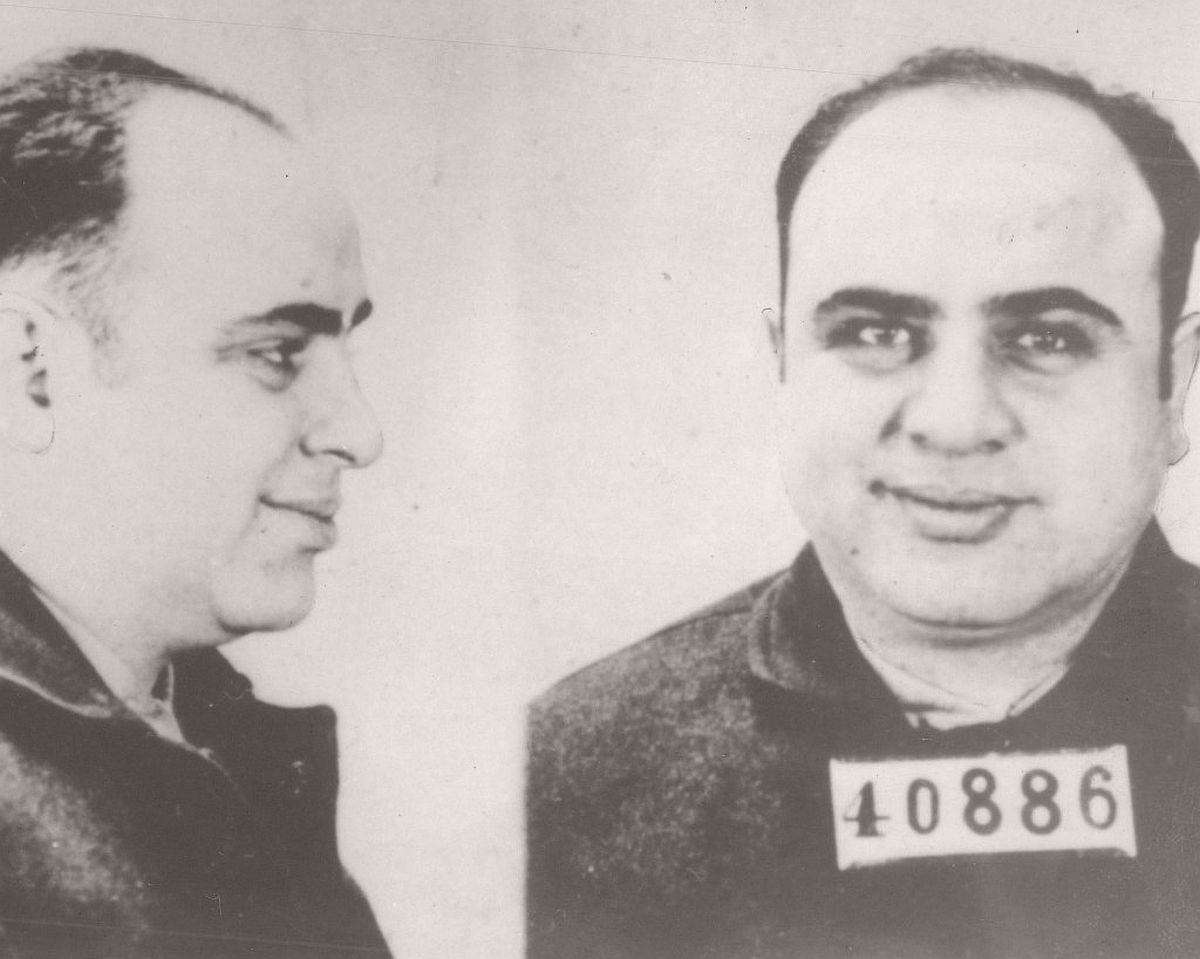 vintage-mug-shots-of-al-capone-in-1930