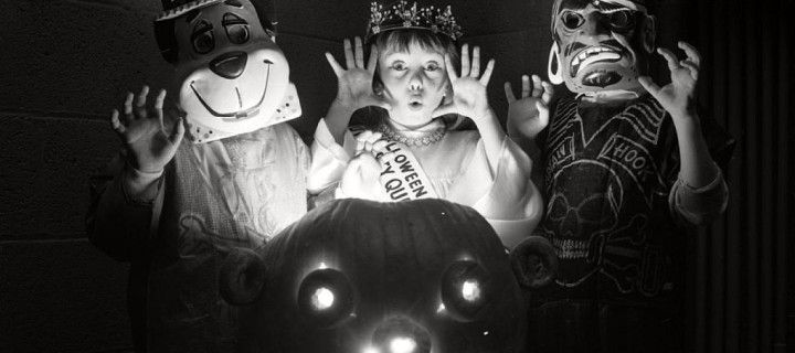 Vintage images of Halloween in New York City over the years
