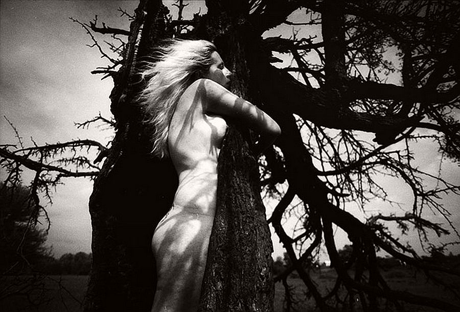 bogdan-gulyay-bw-nude-photographer-04
