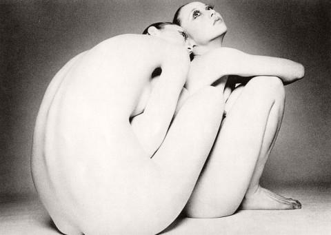 Biography: Nude photographer Kishin Shinoyama