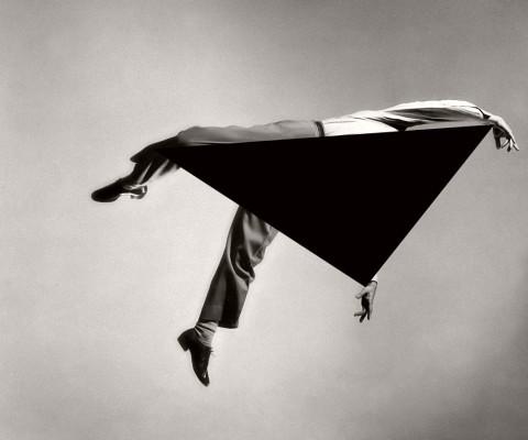 Biography: Conceptual photographer Noé Sendas