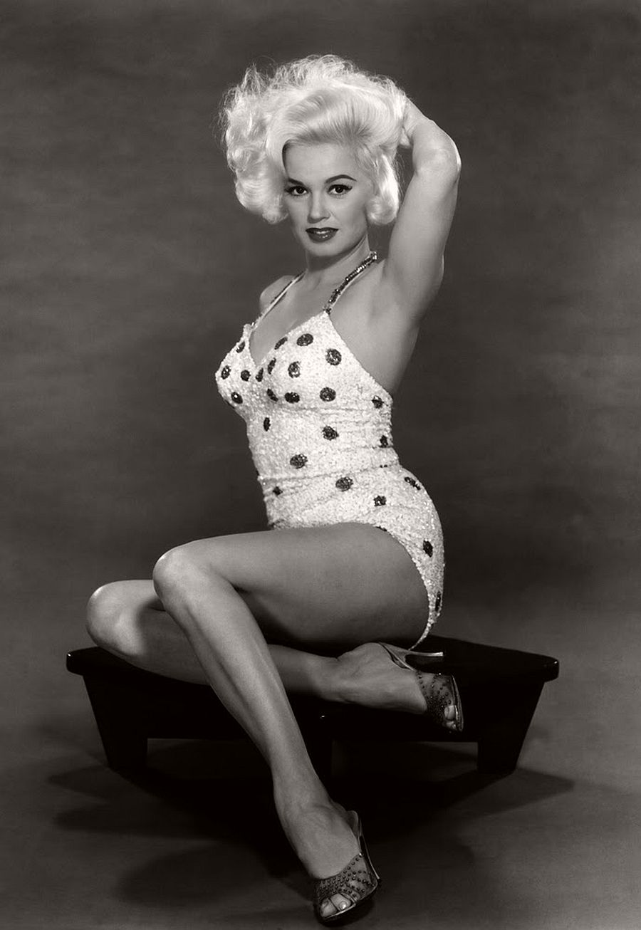 Mamie Van Doren-hollywood-actresses-top-20-hottest-1960s-in-bw