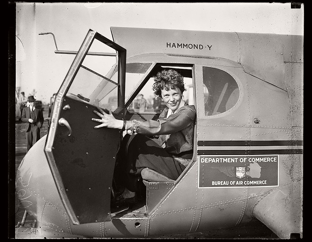 aviator-amelia-earhart-vintage-1920s-and-30s-06