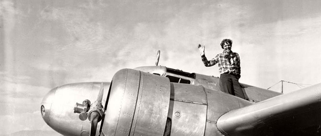 Vintage: Pioneer Aviator Amelia Earhart (1920s and 30s)
