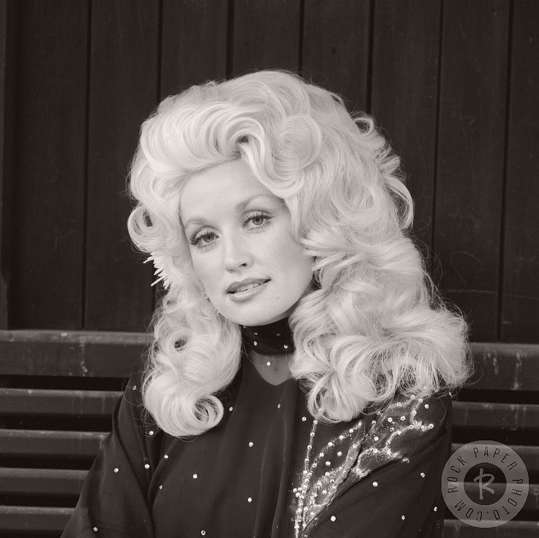 dolly-parton-in-the-1970s-vintage-portraits-08
