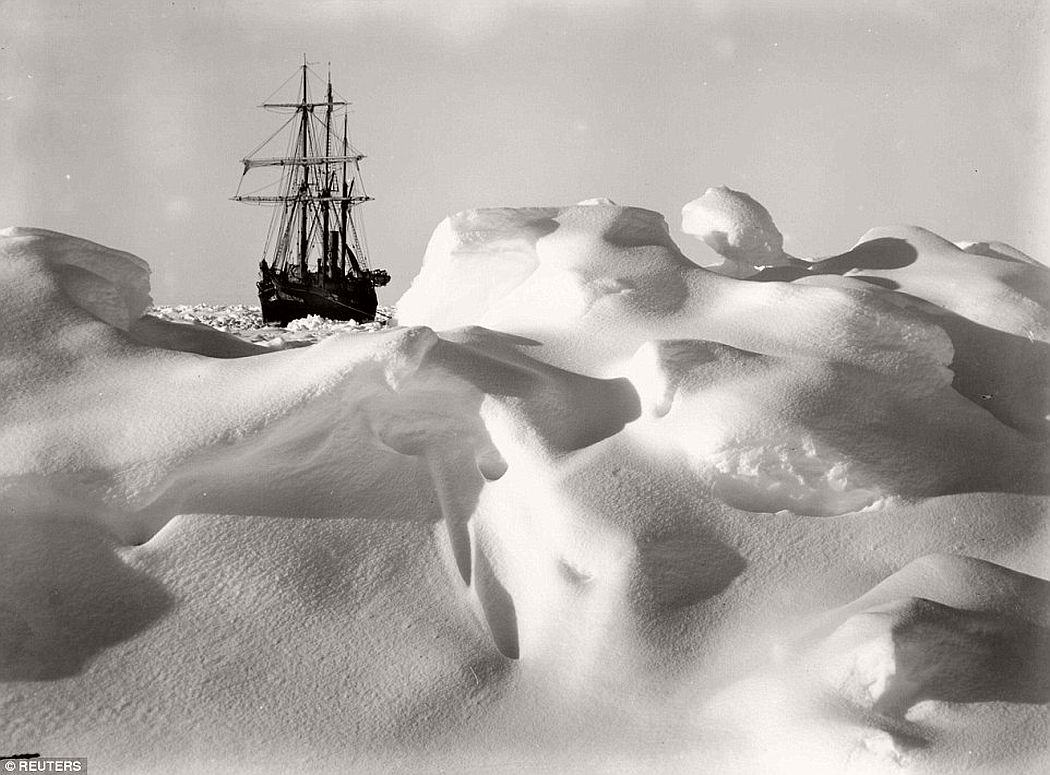 sir-ernest-shackletons-1915-expedition-to-the-antarctic-vintage-03