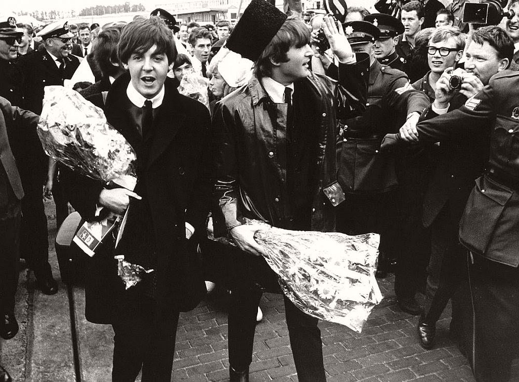 vintage-beatlemania-1960s-the-beatles-16