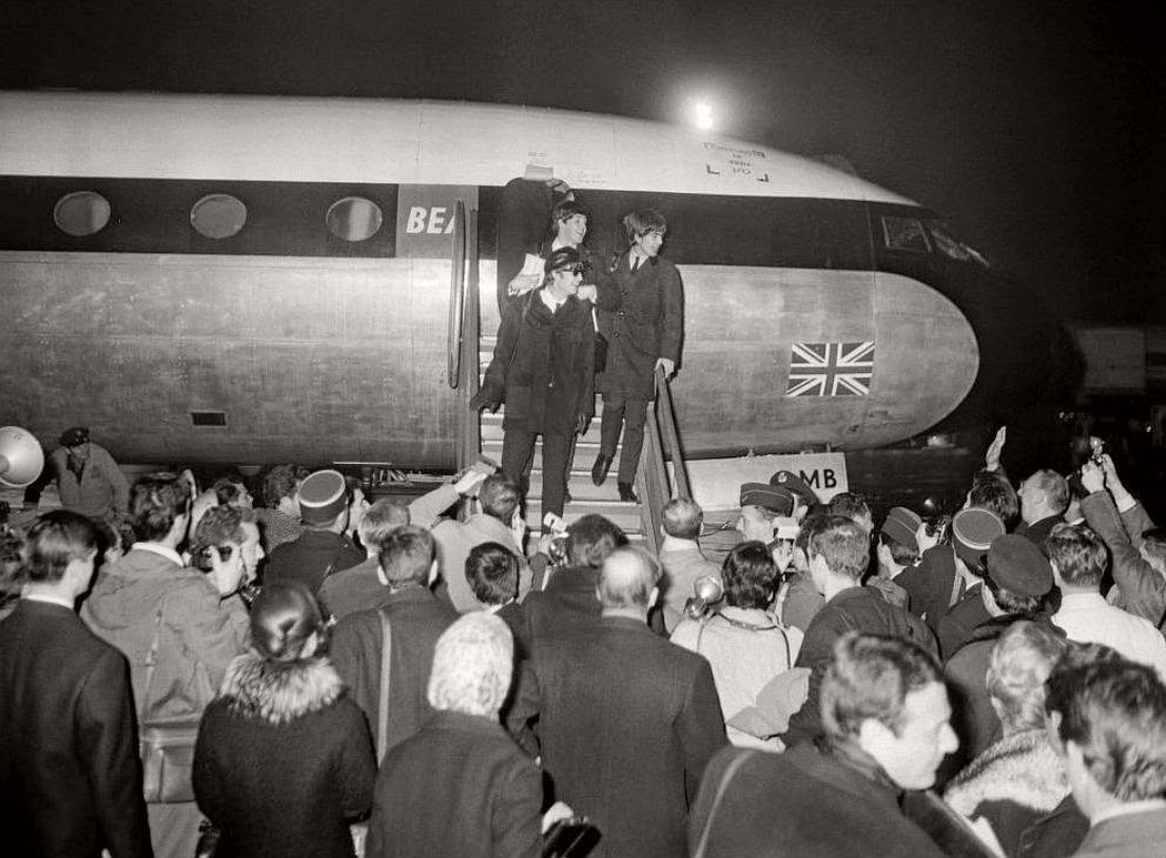 vintage-beatlemania-1960s-the-beatles-20