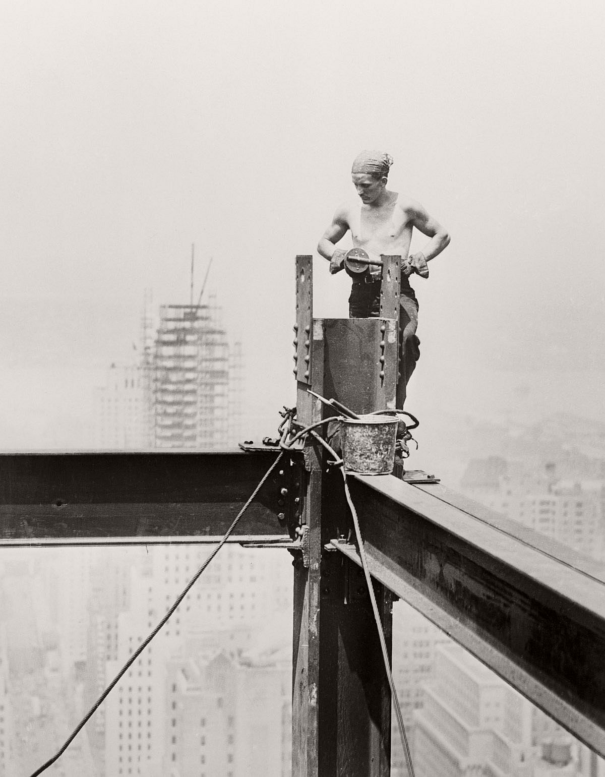 construction of the empire state building essays Essays on state building new york, 1931 the process of the empire state building construction virginia state capitol building is one of those important.