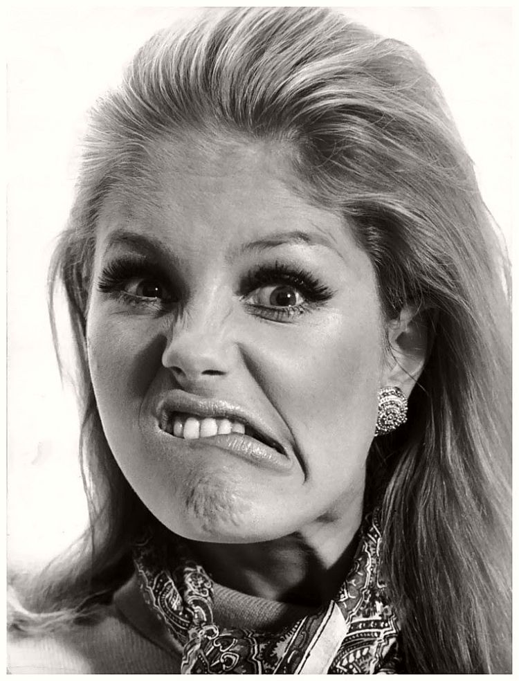Georgia Quental - willy-rizzo-portraits-funny-faces-of-celebrities-1960s