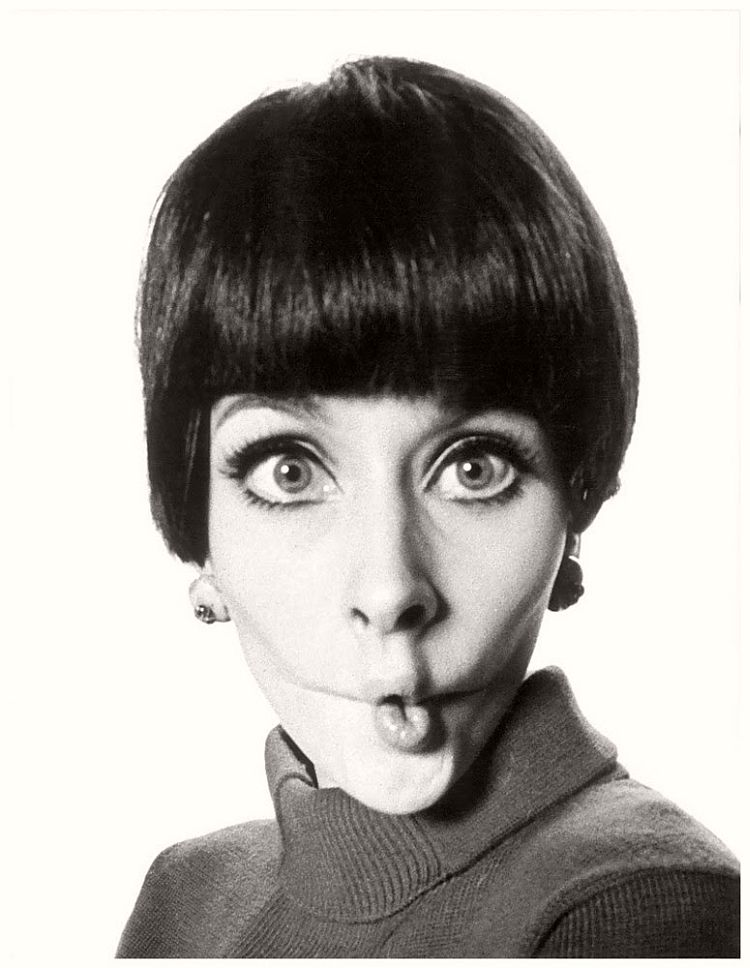 July Egerie de WR - willy-rizzo-portraits-funny-faces-of-celebrities-1960s