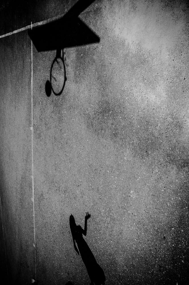 alicja-brodowicz-Learning_to_Swim-conceptual-photographer-09