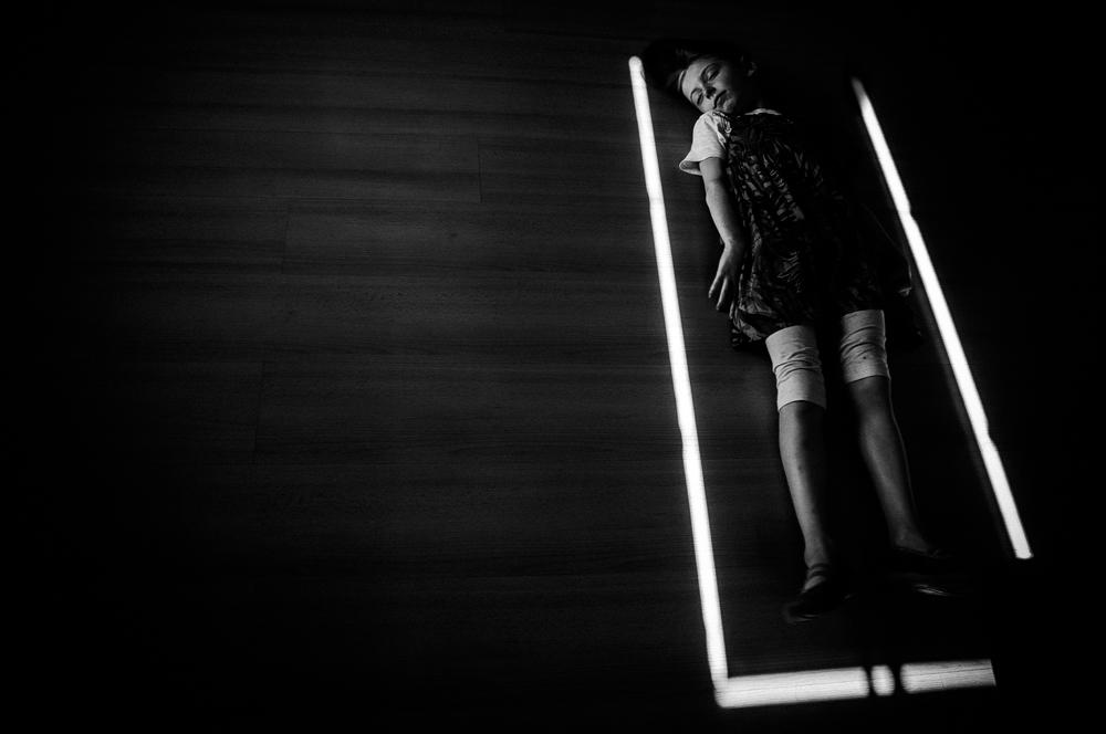 alicja-brodowicz-Learning_to_Swim-conceptual-photographer-10