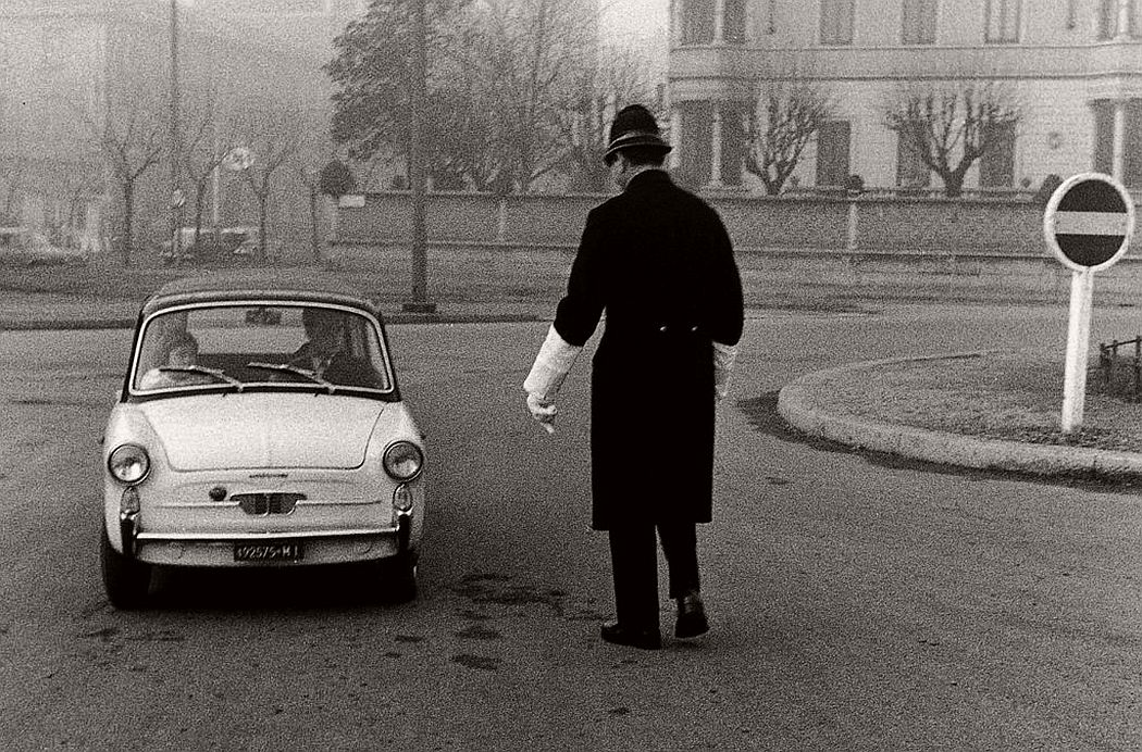 gianni-berengo-gardin-everyday-life-in-italy-1960s-08