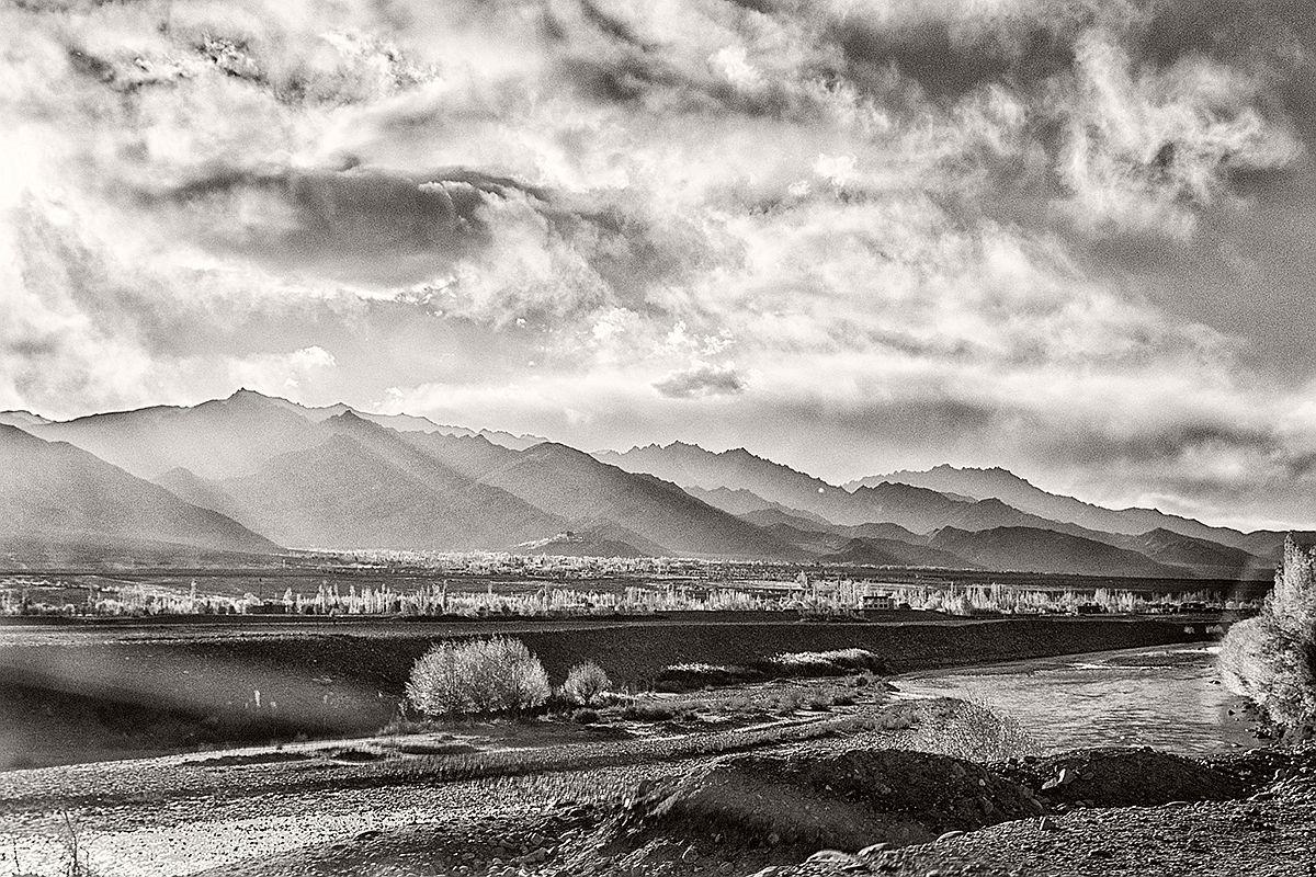 souvik-maitra-bw-landscape-photographer-07