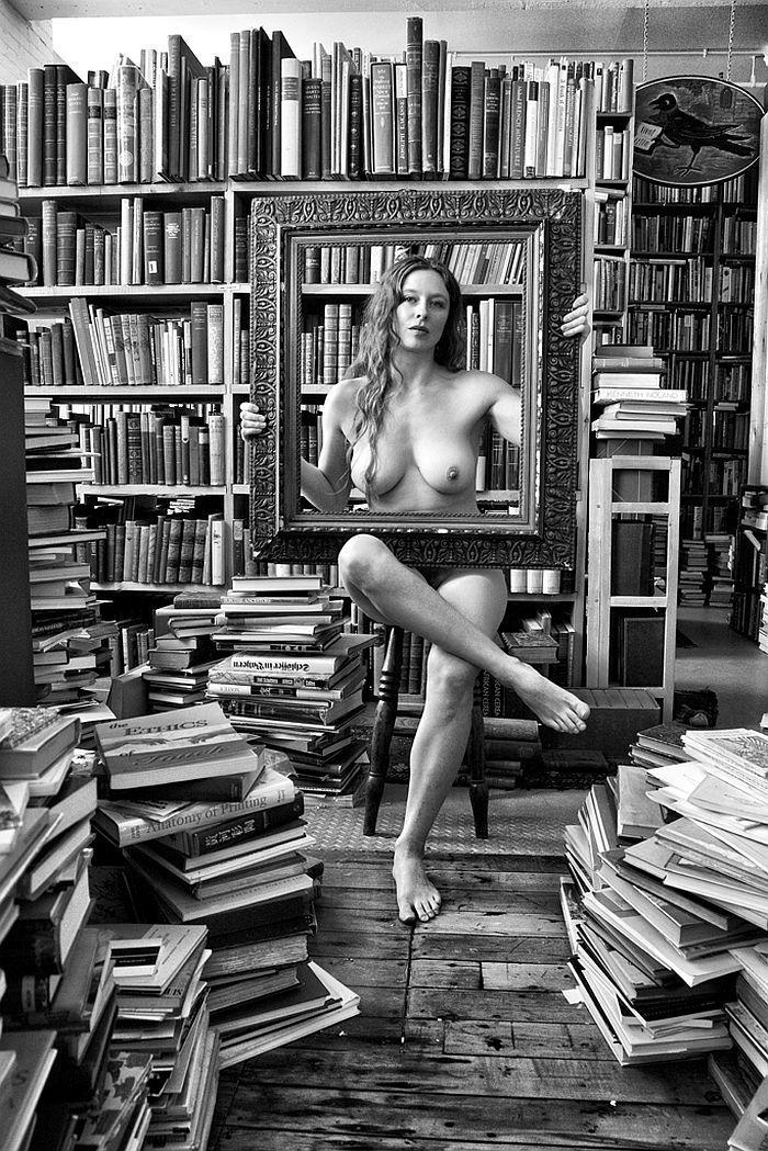 florin-ion-firimita-the-bookstore-02
