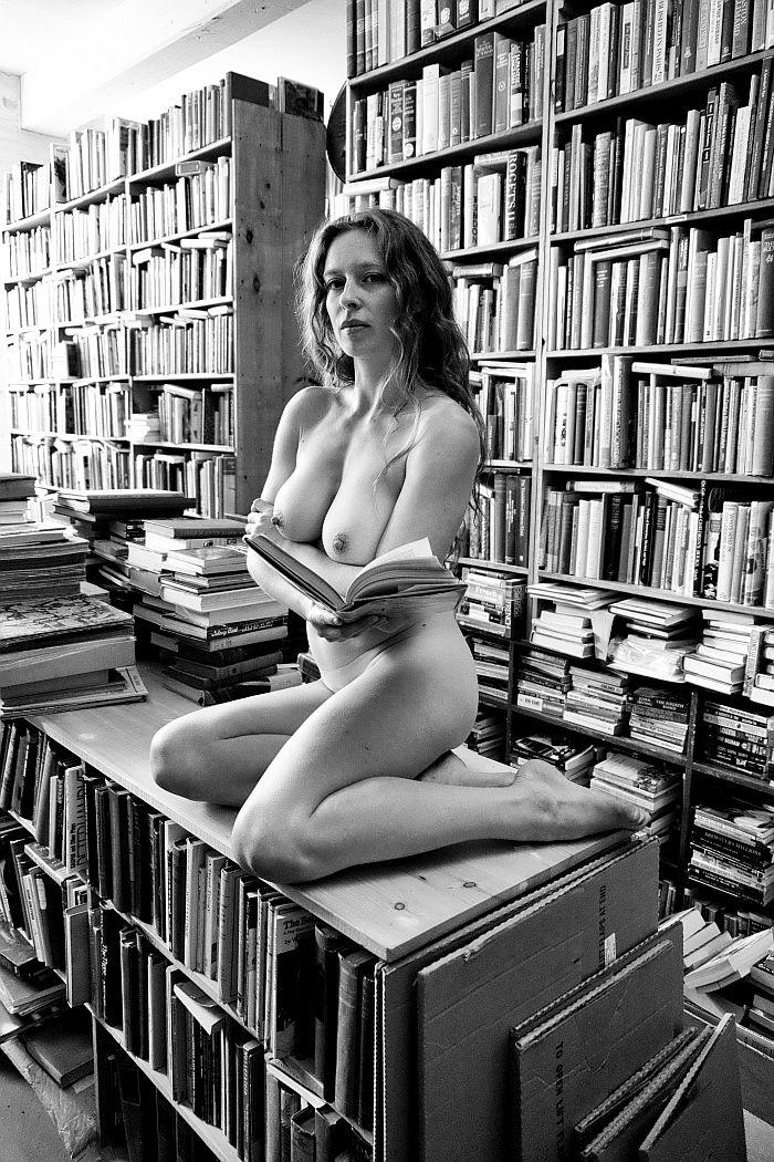 florin-ion-firimita-the-bookstore-03