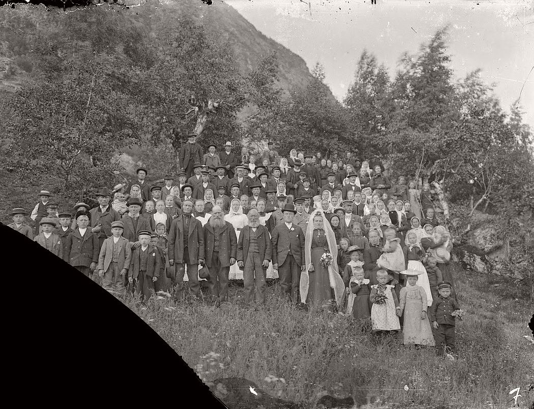 glass-plate-negatives-norwegian-weddings-from-the-early-20th-century-vintage-04
