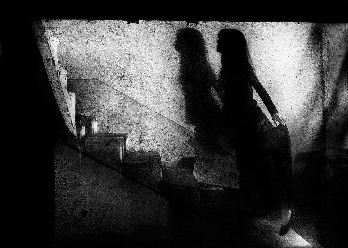 rosita-delfino-conceptual-portrait-photographer-04