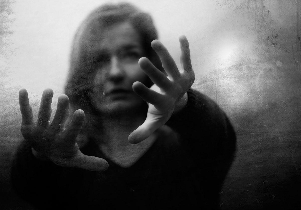 rosita-delfino-conceptual-portrait-photographer-15