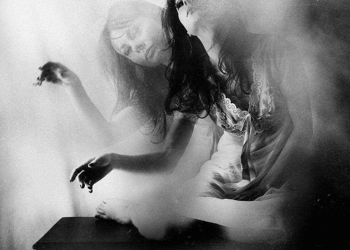 rosita-delfino-conceptual-portrait-photographer-19