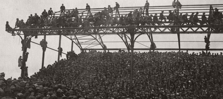 Vintage: British Football Fans (1920-1930)