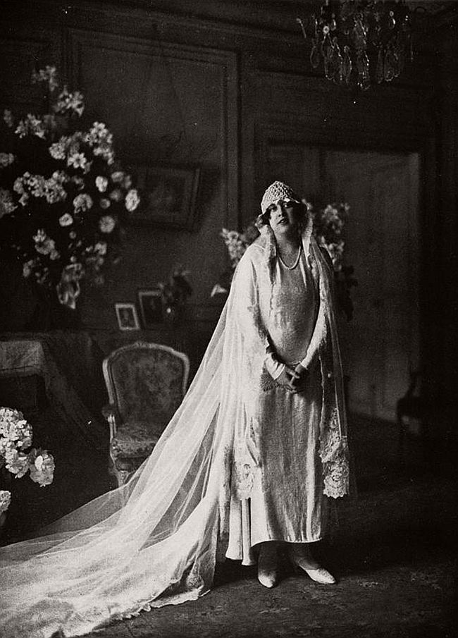 vintage-wedding-dresses-from-the-1920s-and-1930s-07